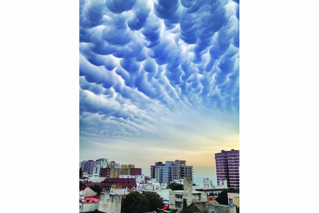 60 Σύννεφα mammatus ( Μαρ δελ Πλάτα)